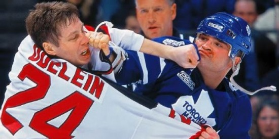 Hockey-Fights-e1392750003639-640x320